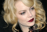 The-lady-is-a-vamp-emma-stone-side